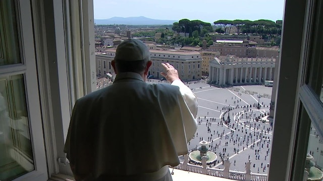Pope sends message to Catholics in China during Regina Coeli