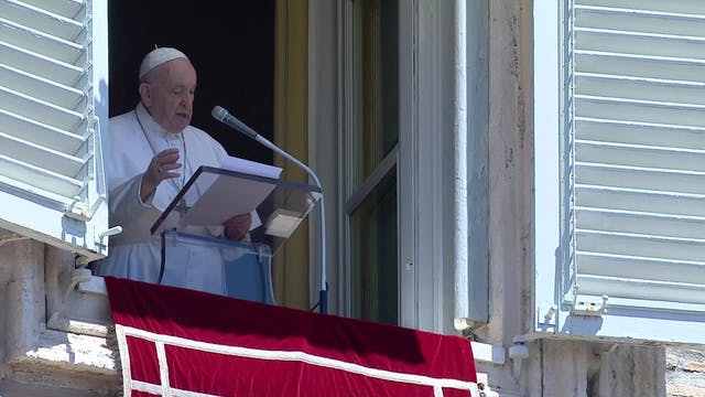 Pope Francis insists on global ceasef...