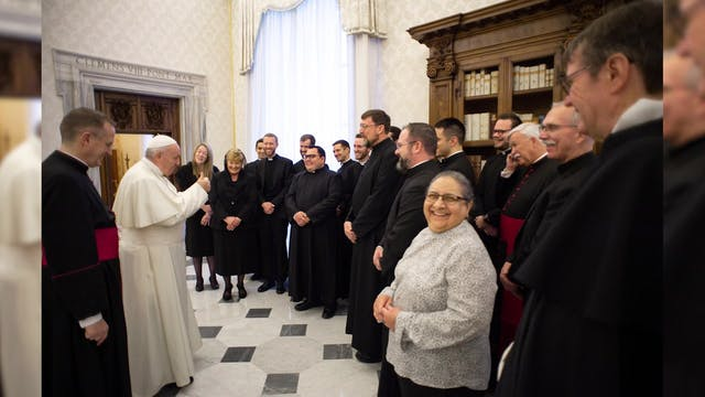 Pope applauds Bishop Berg as first th...