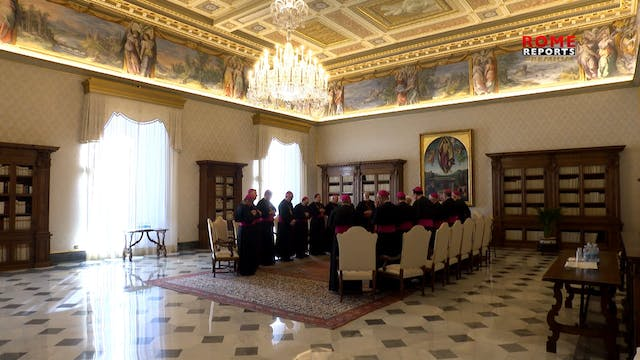 Pope meets with first group of U.S. b...