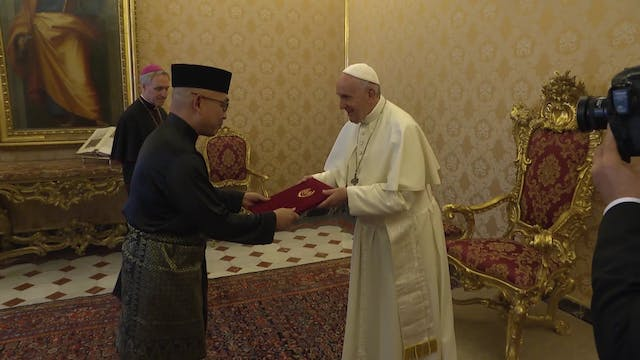 New Malaysian ambassador deliver his ...