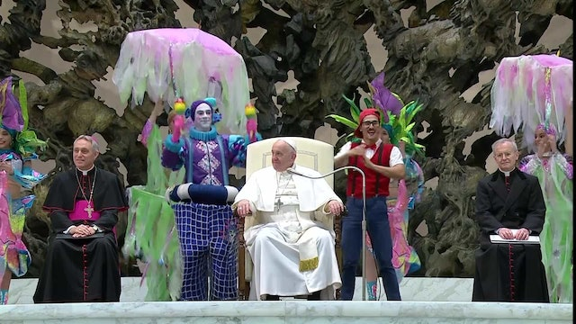 Pope participates in circus act during general audience