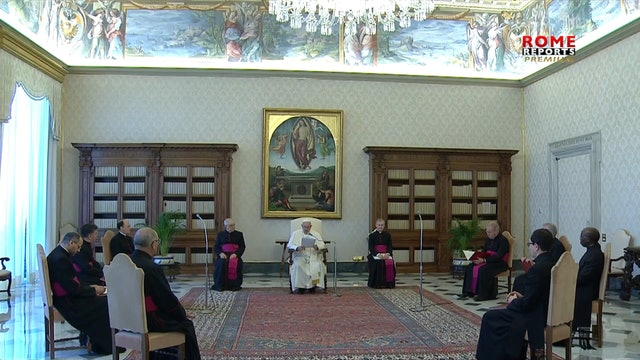 Pope Francis: Teach children sign of the cross, seed of dialogue with God