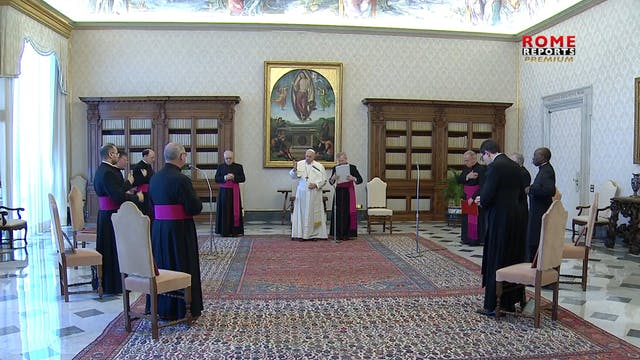 Pope reflects on prayers of righteous...