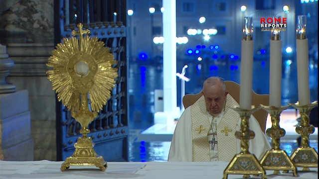 Pope gives Urbi et Orbi blessing: In this storm, our façades fall away