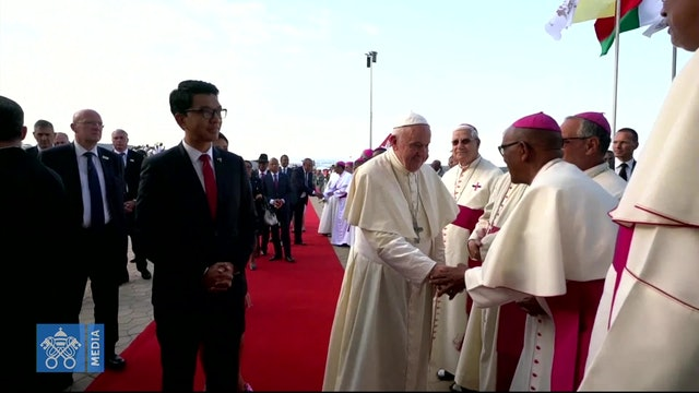 Pope arrives in Madagascar