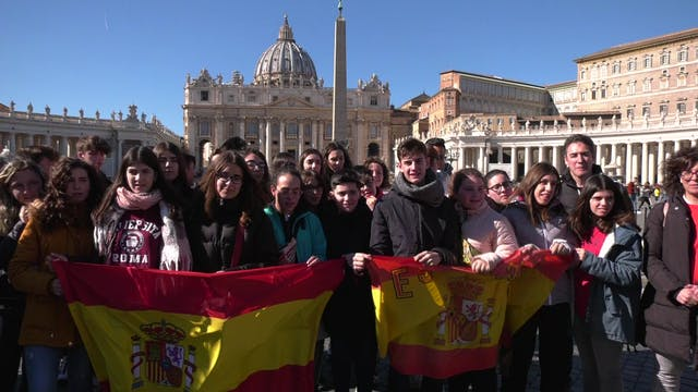Teachers bring their students to Rome...