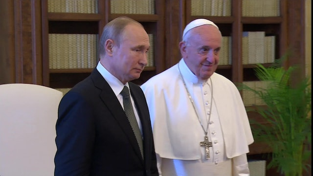 "Putin thanks the pope for the ""substantial and interesting conversation"""