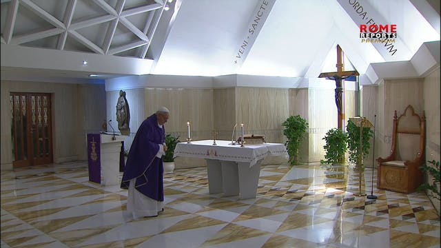 Pope offers Mass for homeless people