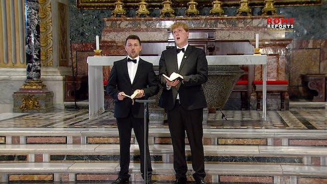 Dúo de tenores canta en una Basílica ...