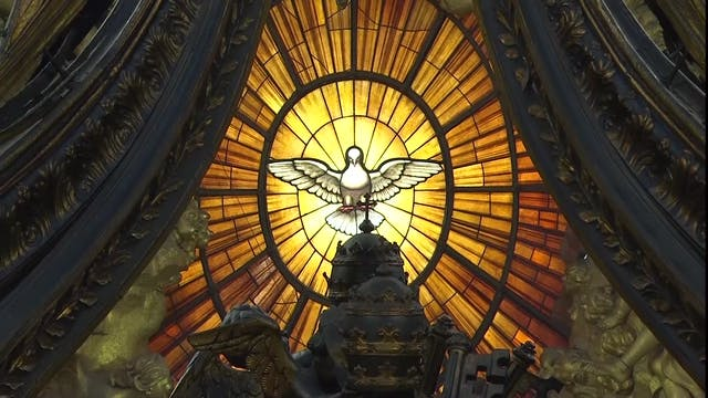 Pope celebrates Pentecost with two pa...