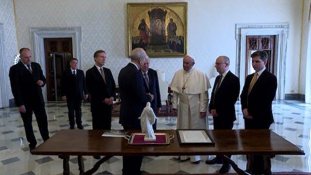 Pope meets Mormon leaders in Vatican