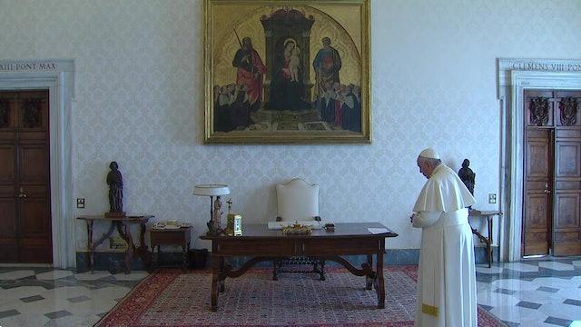 """Papa reza Padrenuestro junto a """"cristianos de toda edad y nación"""""""
