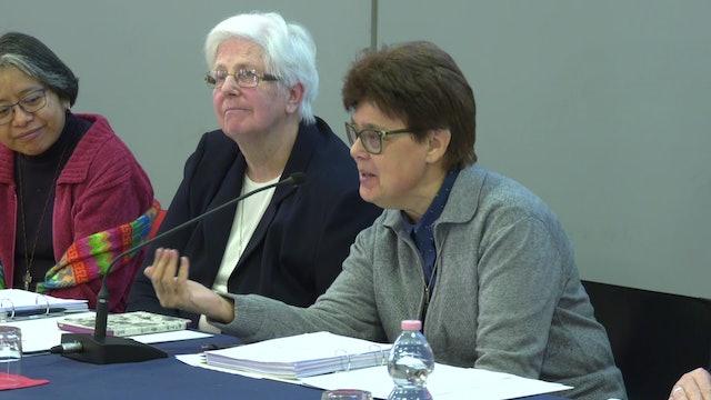 Religiosas presentes en la cumbre de abusos valoran la presencia de mujeres