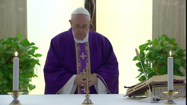 Pope Francis: Sloth is a fog that sur...
