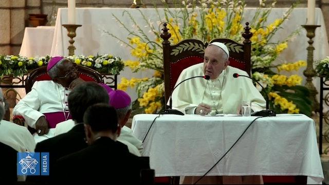 Papa a obispos de Madagascar: Cuidado con seminaristas, no metan al lobo