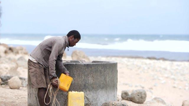 Hambre en Madagascar: Bebo agua de ma...