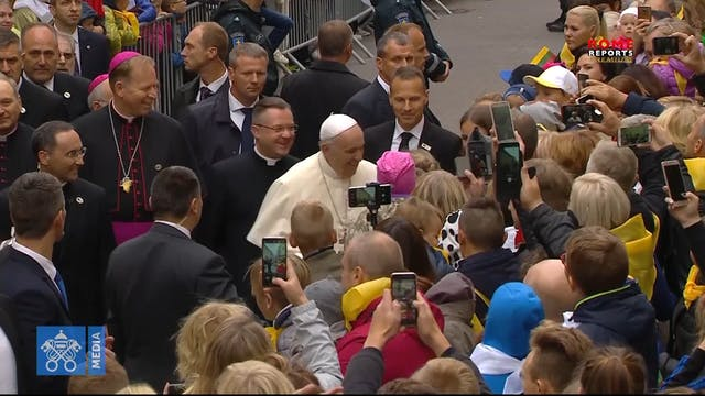 Pope Francis travels to Bulgaria and ...