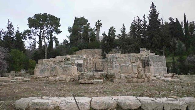 El Camino de Emaús, donde Jesús animó...