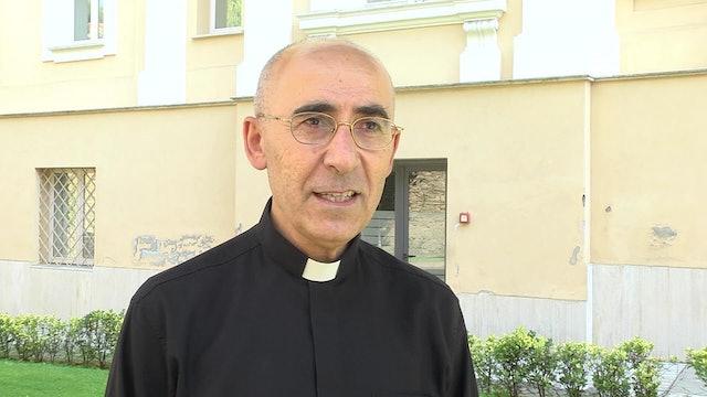 Sacerdote que reconstruye la ciudad arrasada por Isis: No habrá paz sin perdón
