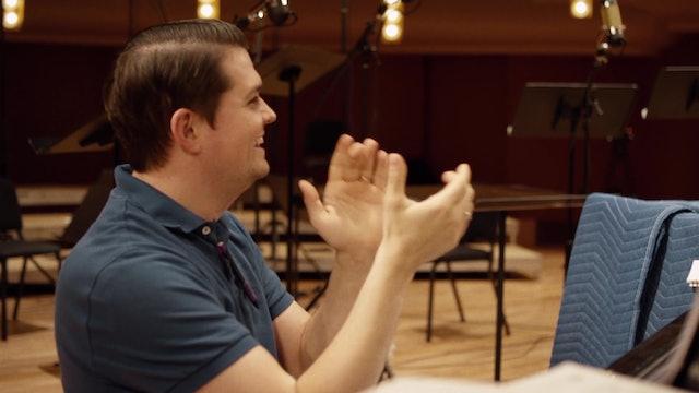 Compositor encuentra inspiración en música para sobrellevar momentos difíciles
