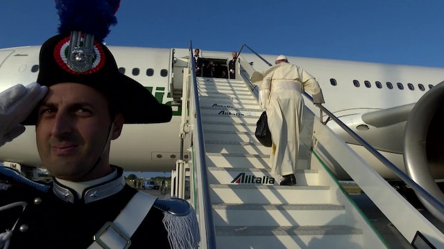 Pope Francis travels to Mozambique