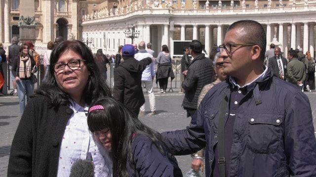 Familia peruana viaja hasta Roma para ver al Papa Francisco