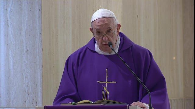Pope in Santa Marta: God intervenes w...