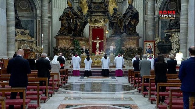 Papa en Pentecostés: El mundo ve conservadores y progresistas; Dios ve hijos