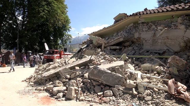 Earthquake victims travel to Rome for...