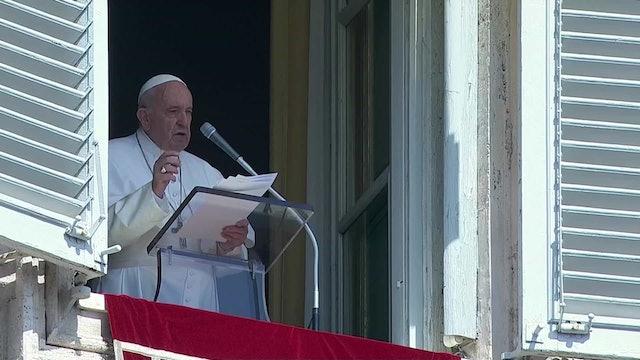 El Papa celebra el intercambio de presos entre Rusia y Ucrania y reza por la paz
