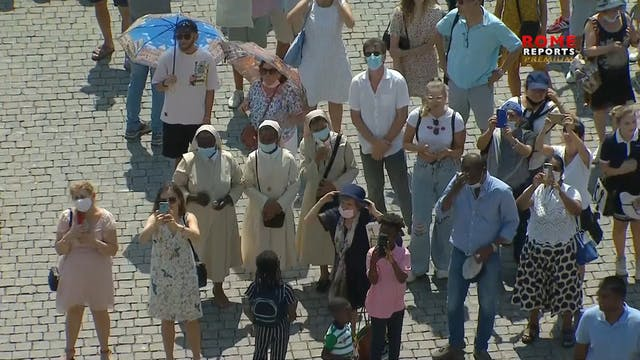 Pope prays for Haiti after devastatin...