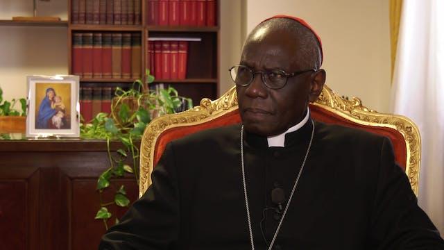 Cardenal Sarah cumple 50 años como sa...