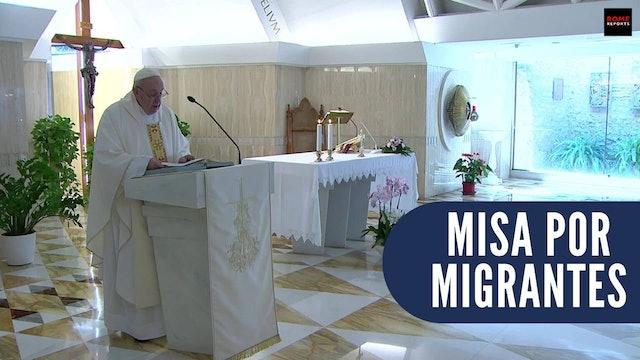 Francisco celebra misa por migrantes: No podemos imaginar el infierno que viven