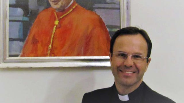 Vatican official resigns to clarify a...