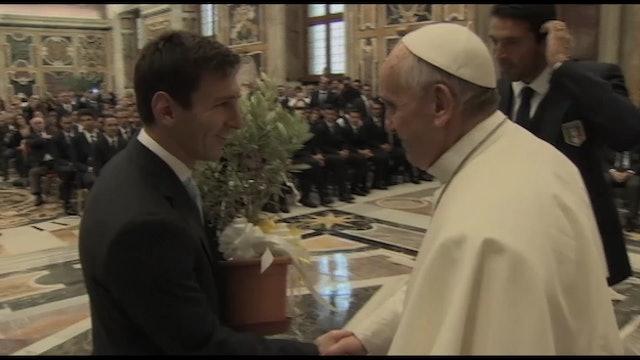 Papa Francisco celebra los triunfos de Argentina e Italia en el fútbol