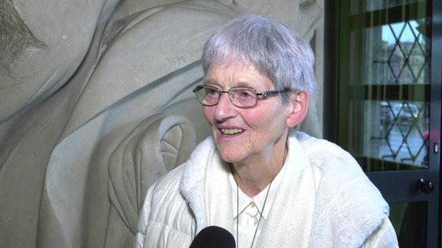 Religiosa curada milagrosamente en Lourdes cuenta su historia en un libro