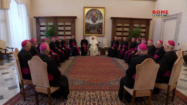 Francisco se reúne con obispos de Pol...