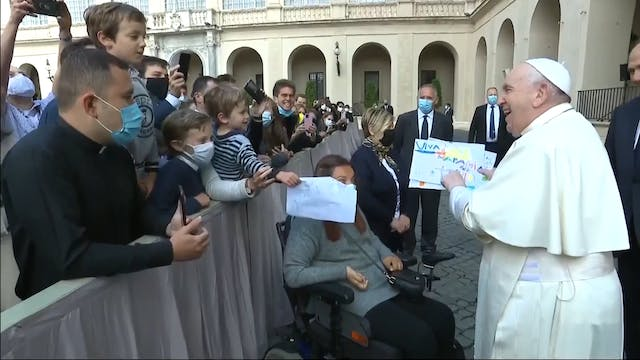 Pope Francis holds audience with pilg...