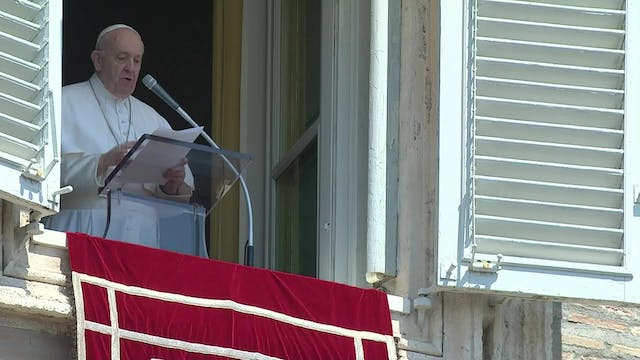 Pope Francis remembers tragedy in Leb...