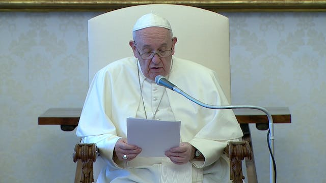 Pope Francis prays for George Floyd a...