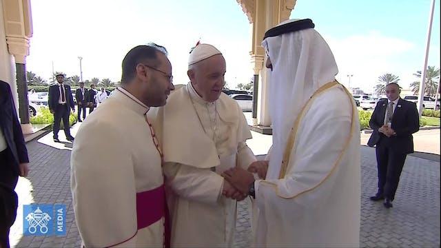 Emotiva despedida entre el Papa y el ...
