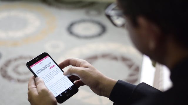 Sacerdote diseña app para ayudar a re...