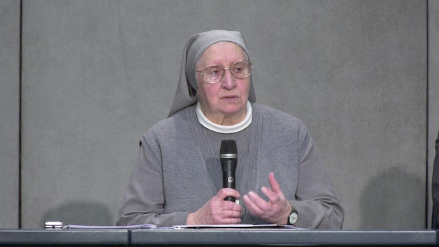 Nun writing Way of the Cross for pope on Good Friday: it should unite suffering