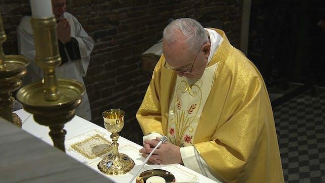 Papa en Loreto: Hacen falta santos pa...