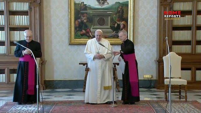 Pope Francis explains Easter Triduum ...