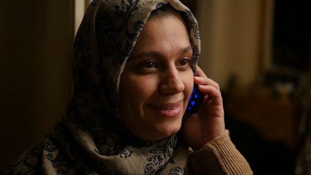 Entregan créditos telefónicos, un salvavidas para los refugiados y sus familias
