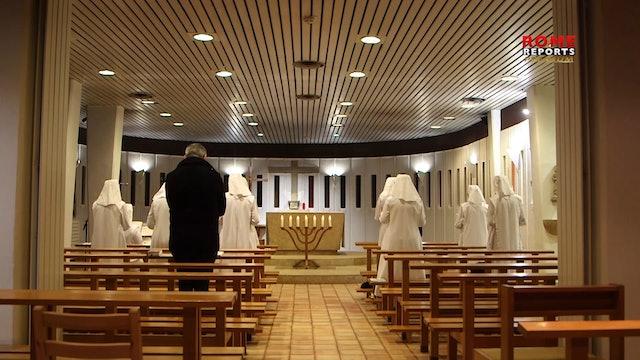 'Papal Almoner' brings food supplies to quarantined nuns
