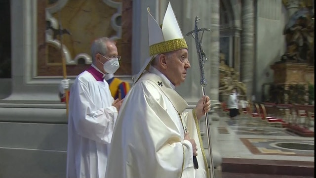 Pope Francis offer European bishops tips to address secularization