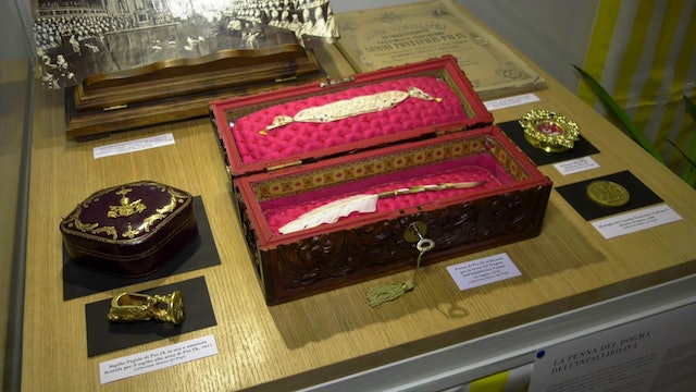 Pen used by Pius IX to sign dogma of papal infallibility on display in Rome